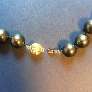 Jewelry - Beautiful bead necklace